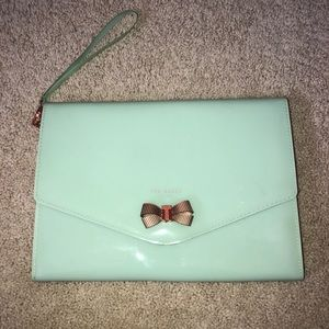 NEVER USED ted baker clutch